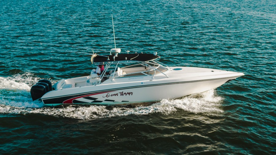 Photo of 38' Fountain Luxury Edition 2007