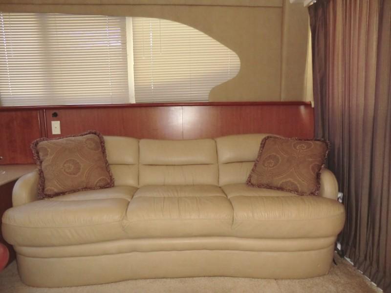 2009 Silverton 38 Convertible Salon Sofa