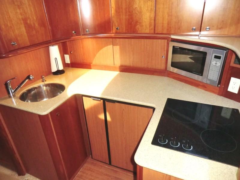 2009 Silverton 38 Convertible Galley