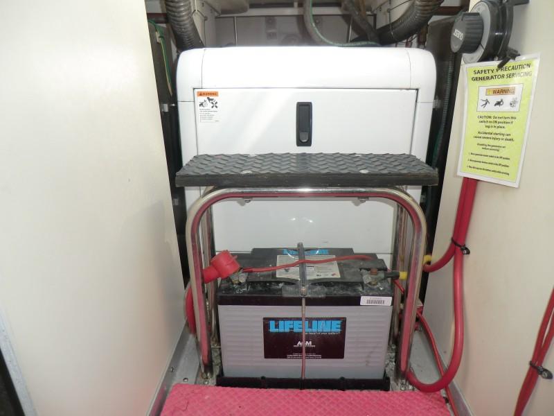 2009 Silverton 38 Convertible Generator