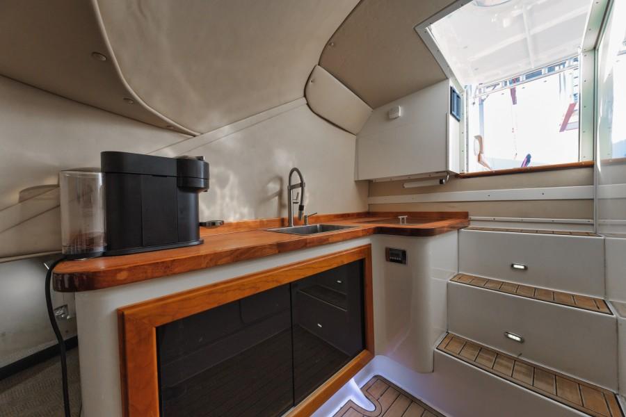 Knowles 37 - Ma Sheila - Cabin