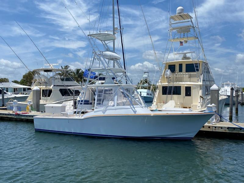 L&H 2002-Cast & Cruise Palm Beach-Florida-United States-1678691-featured