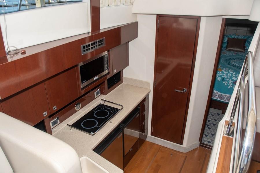 Galley Down w/Hardwood Floors