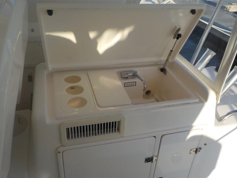 Tiara Yachts 43 - Sealady - Sink