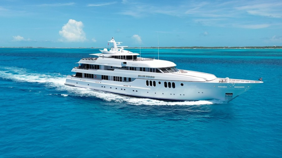 photo of 198' Feadship 2005