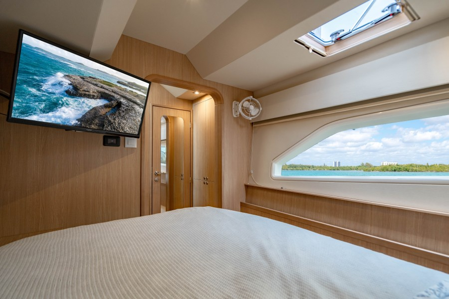 Aquila 44 - Points South II - Portside Guest Cabin