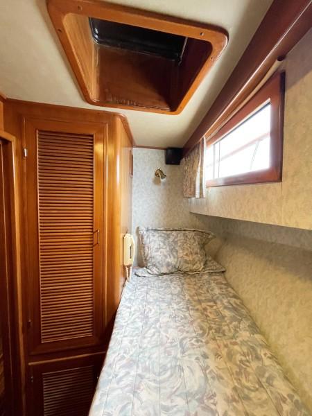 Fwd Port G cabin 2