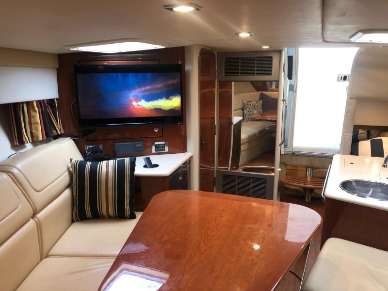 2009 35 Formula Sun Sport - Interior Cabin TV