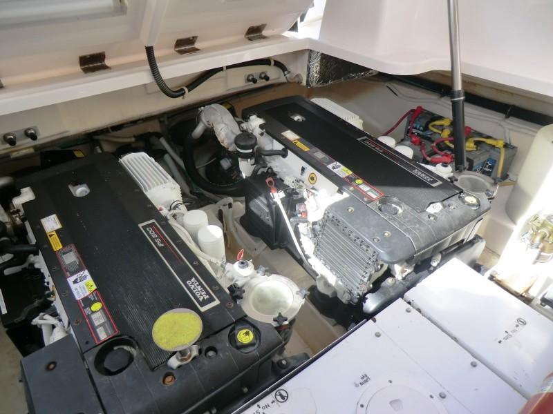 2008 3900 Tiara Sovran  Engine Room