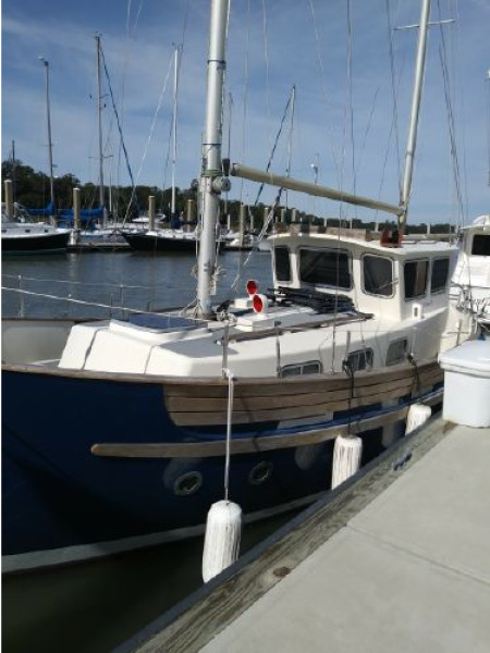Photo of 30' Fisher Pilothouse 30 1976