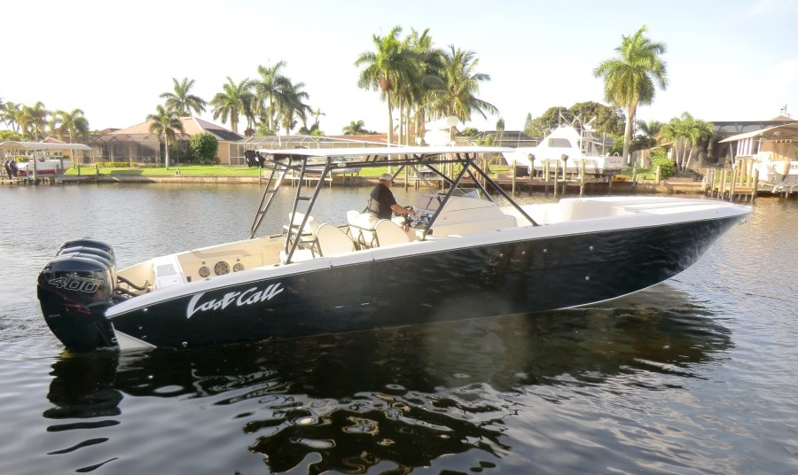 2012 Motion Marine 42SF Profile