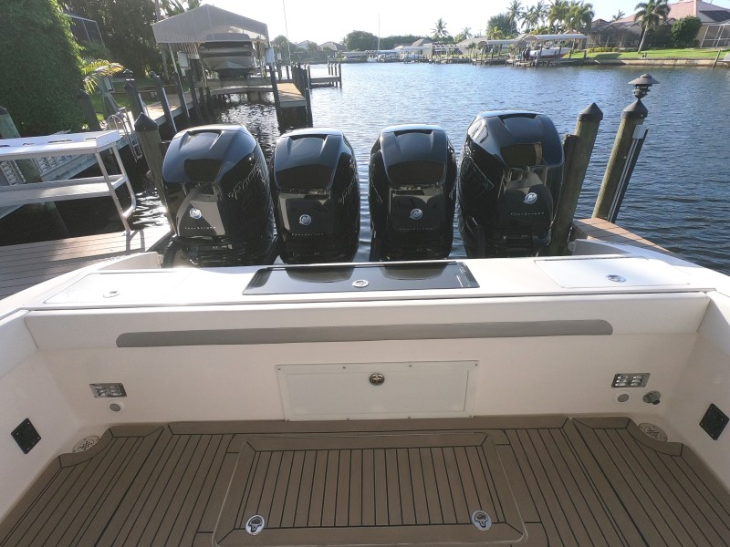 2012 Motion Marine 42SF Cockpit And Engines