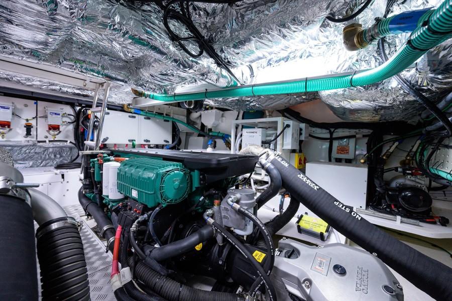Princess Yachts - Take A Break - Engine Room