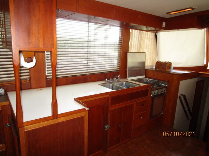 49' Grand Banks galley1