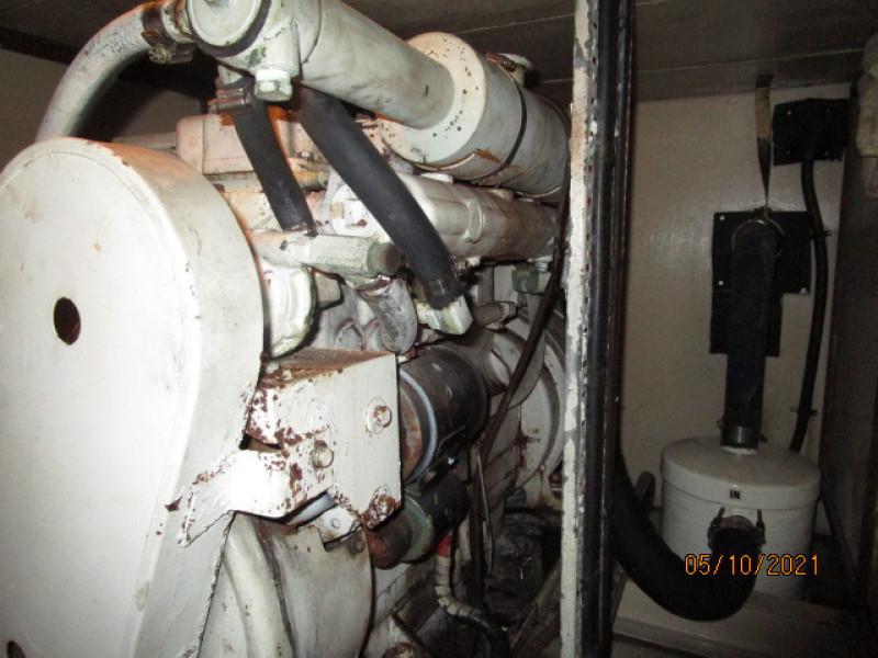 49' Grand Banks aft generator2