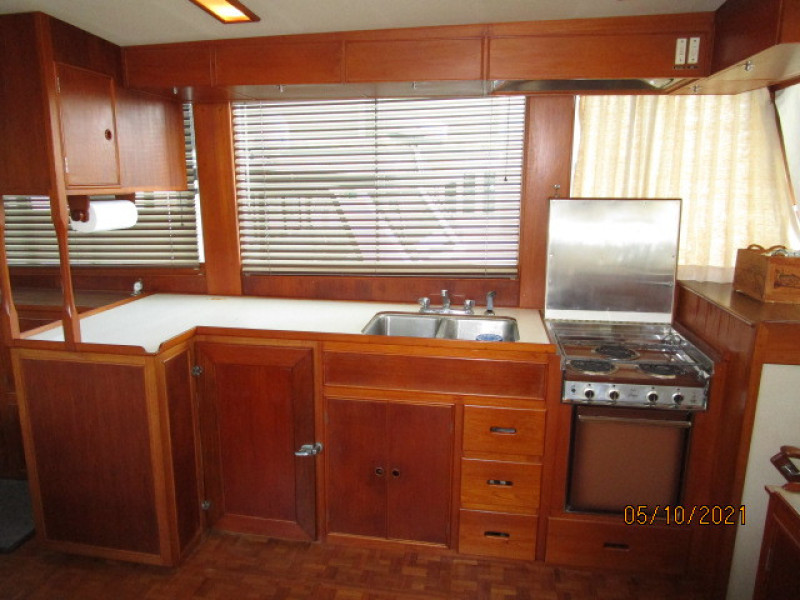 49' Grand Banks galley2