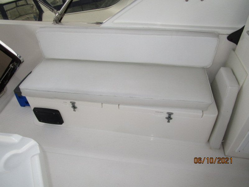 55' Symbol flybridge starboard seating