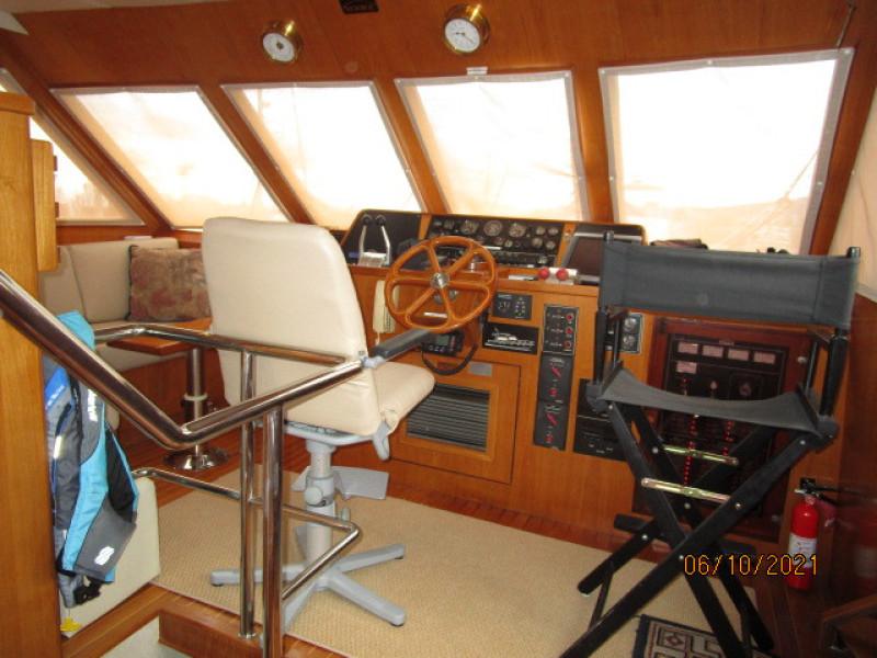 55' Symbol pilothouse forward