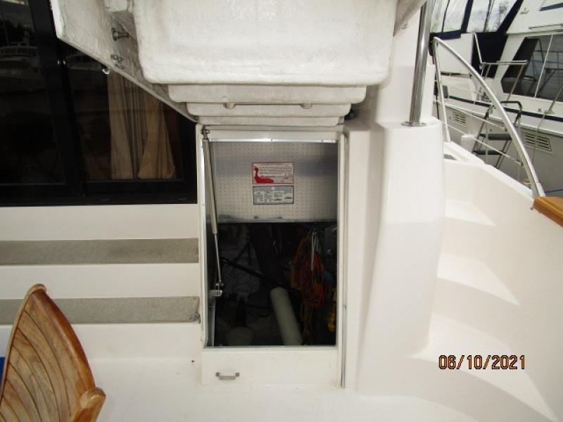 55' Symbol engine room access