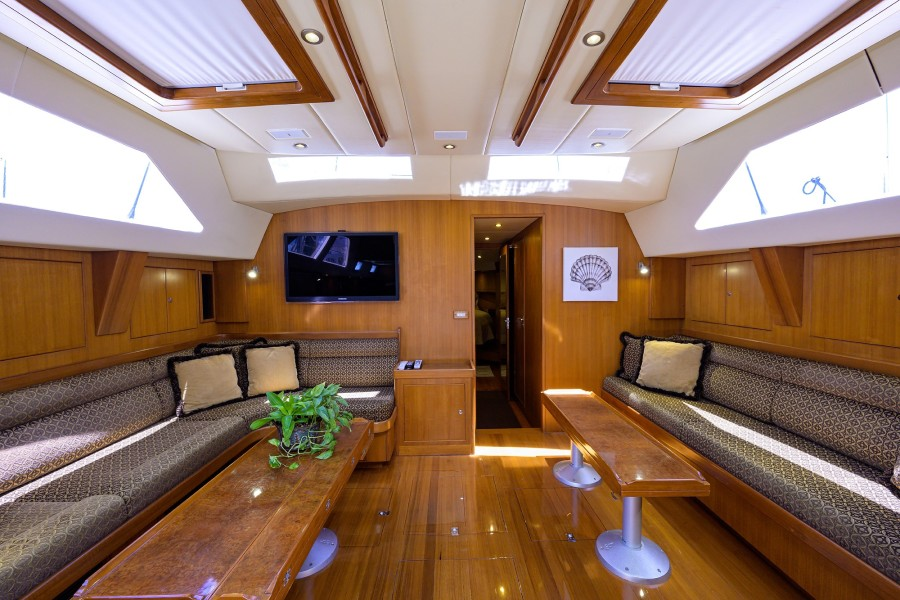 THE ROYAL BLUE yacht for sale