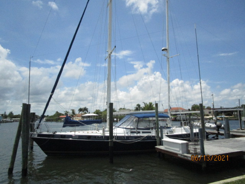 51' Morgan port forward profile