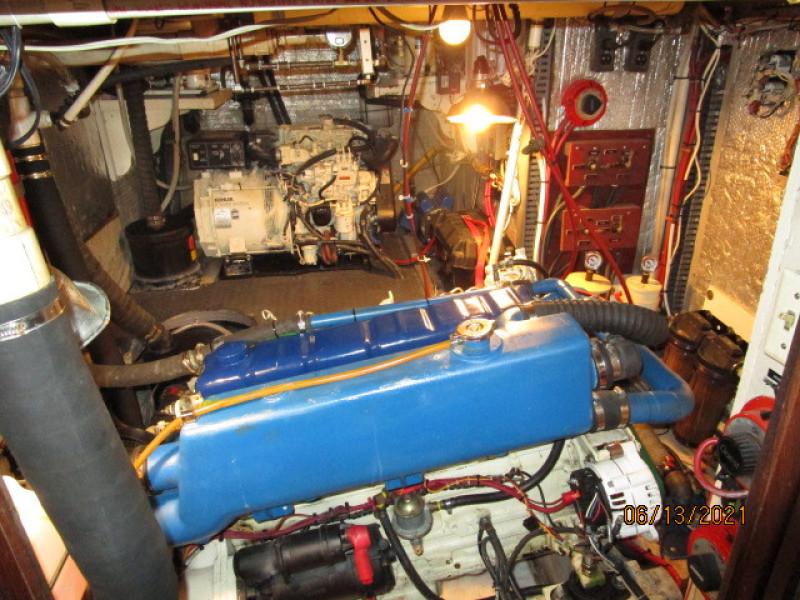 51' Morgan mechanical compartment1