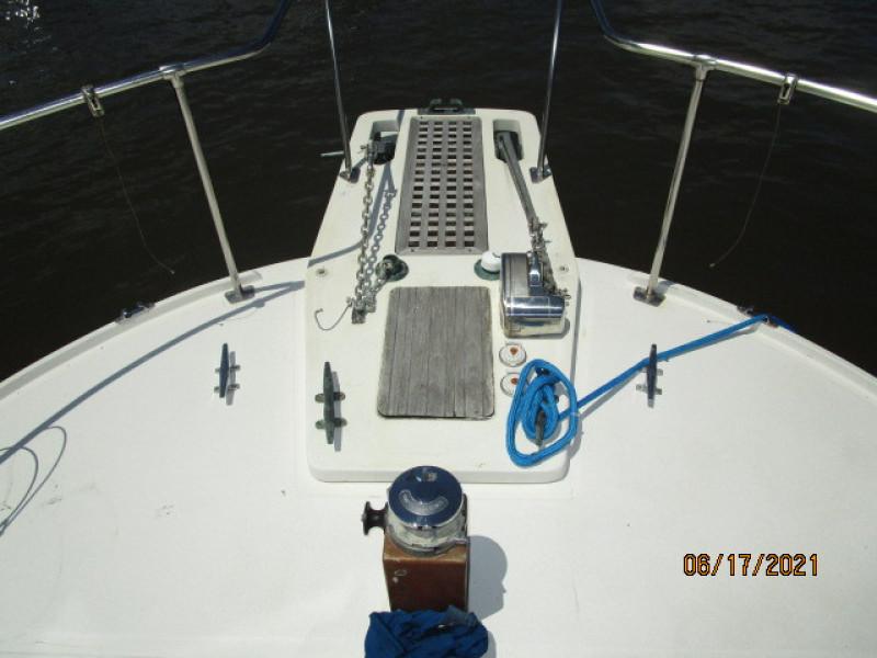 36' Kadey-Krogen anchor windlass
