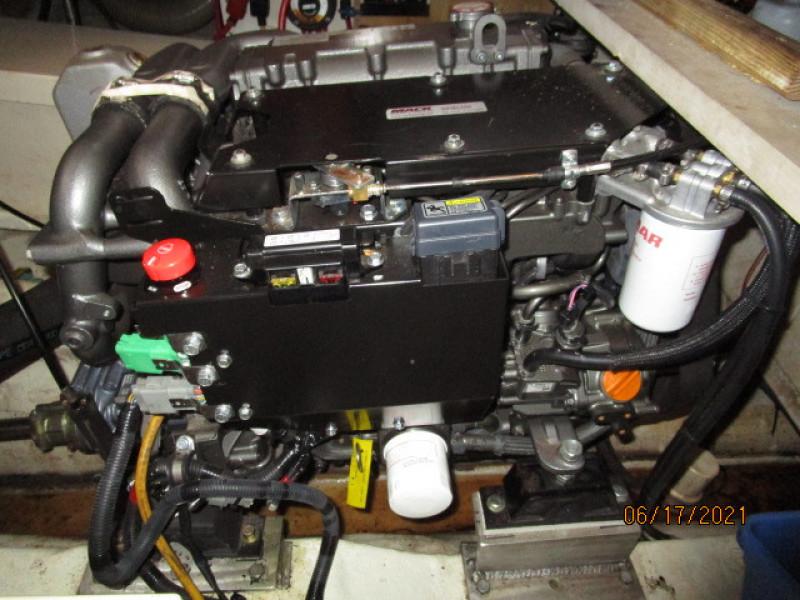 36' Kadey-Krogen main engine1