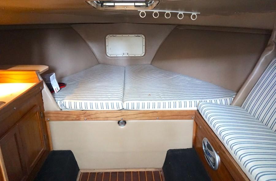1972 31 G&S Express Fly Boy II Cabin (1)