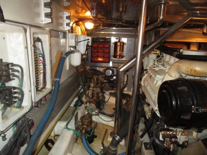 45' Symbol engine room port forward
