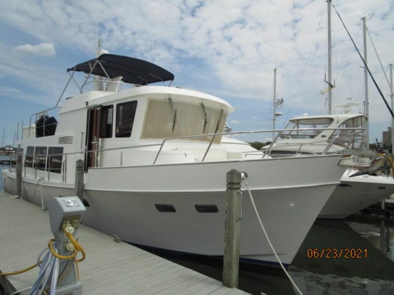 45' Symbol starboard forward profile1
