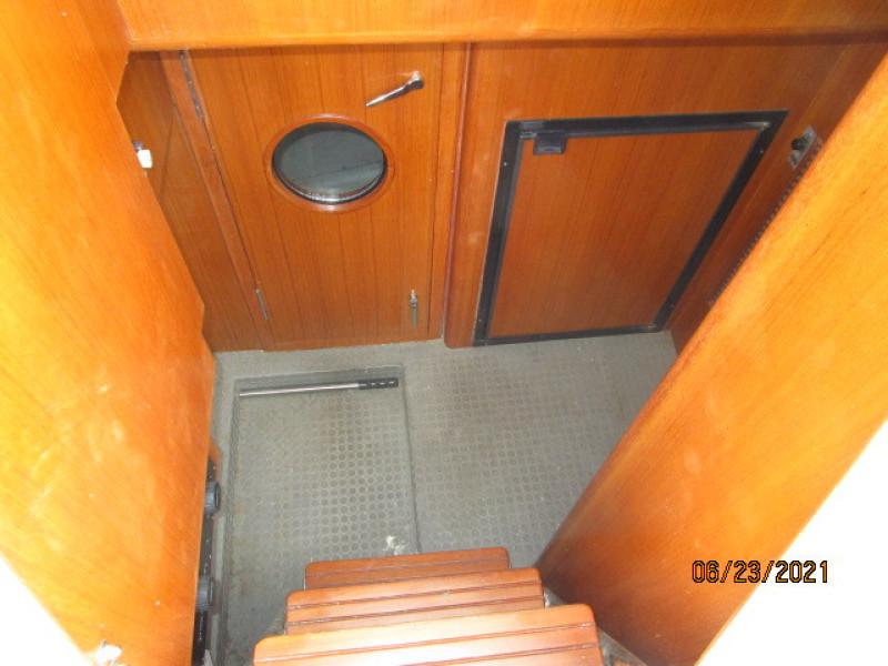 45' Symbol engine room access