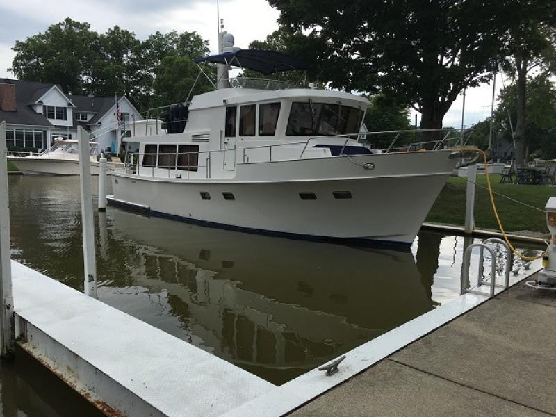 45' Symbol starboard forward profile2