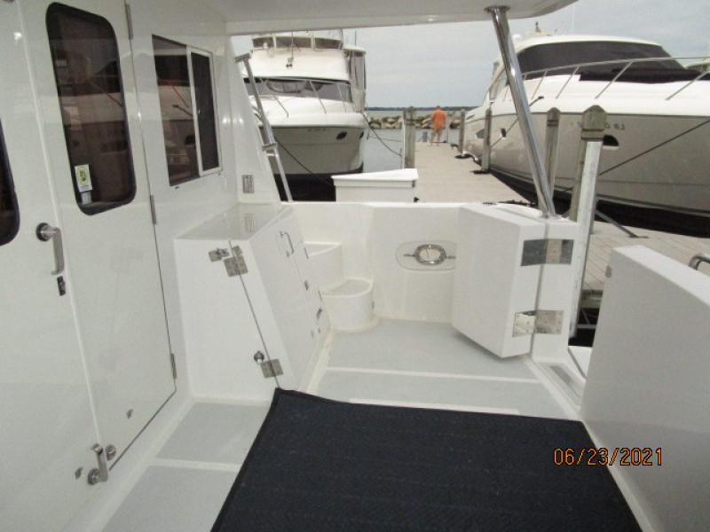 45' Symbol aftdeck starboard