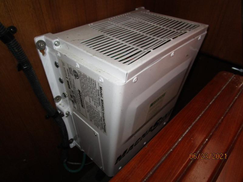 45' Symbol inverter-charger