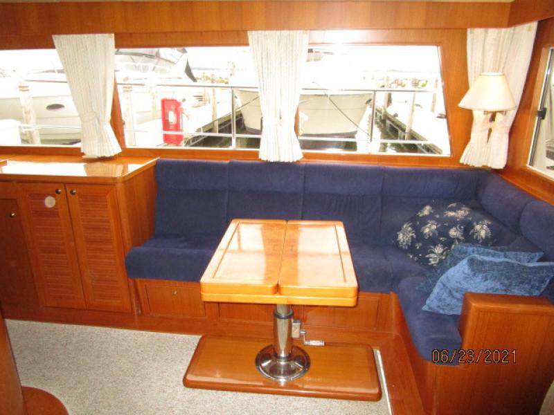 45' Symbol salon starboard