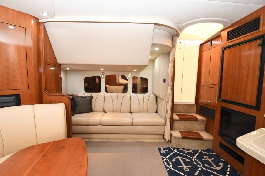2004 37 Cruisers Express - Fair Profit - Salon