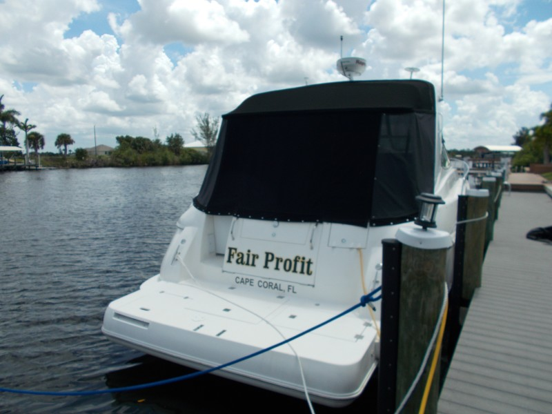 2004 37 Cruisers Express - Fair Profit - Swim Platform