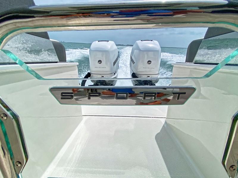 Tiara Yachts 34 - Motors