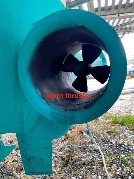 Stern Thruster_Tube