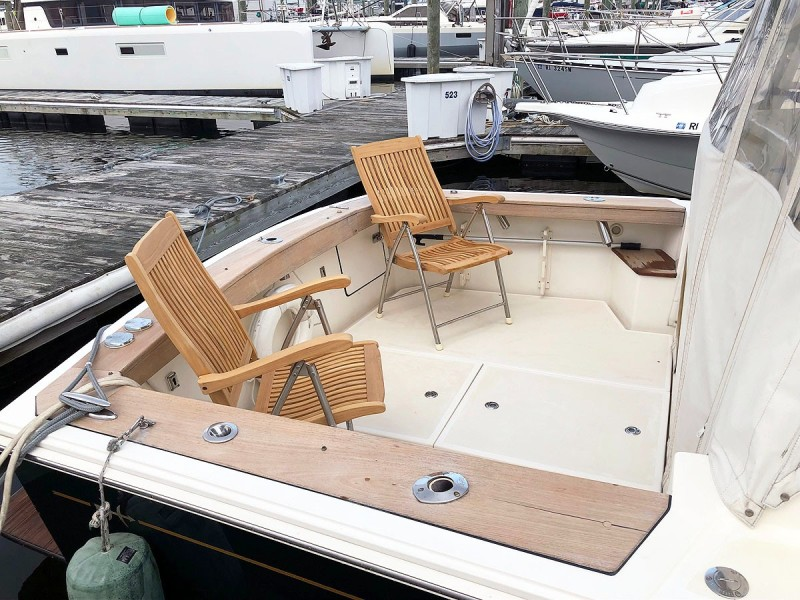 Cockpit with Deck Chairs