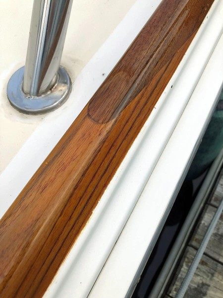 Toe Rail Detail