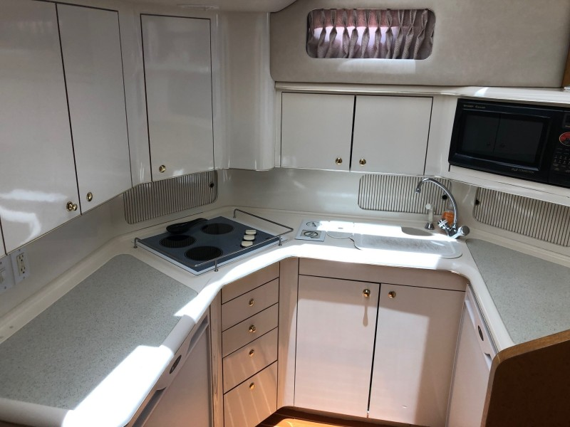 42 Sea Ray Aft Cabin Galley