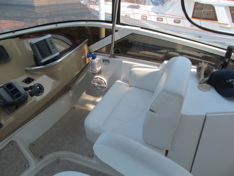 Helm Seating Starboard