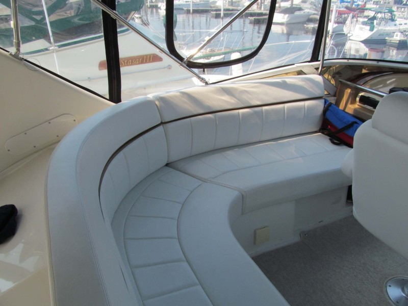 Helm Settee Port And Aft