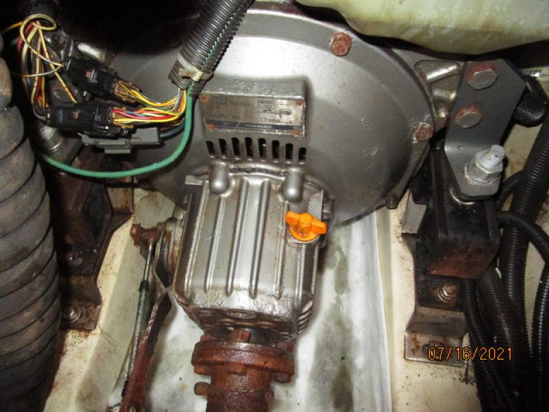 38' Marlow-Hunter gearbox
