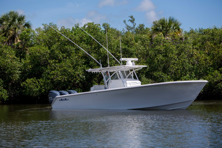 Photo of 37' SeaHunter Center Console 2013