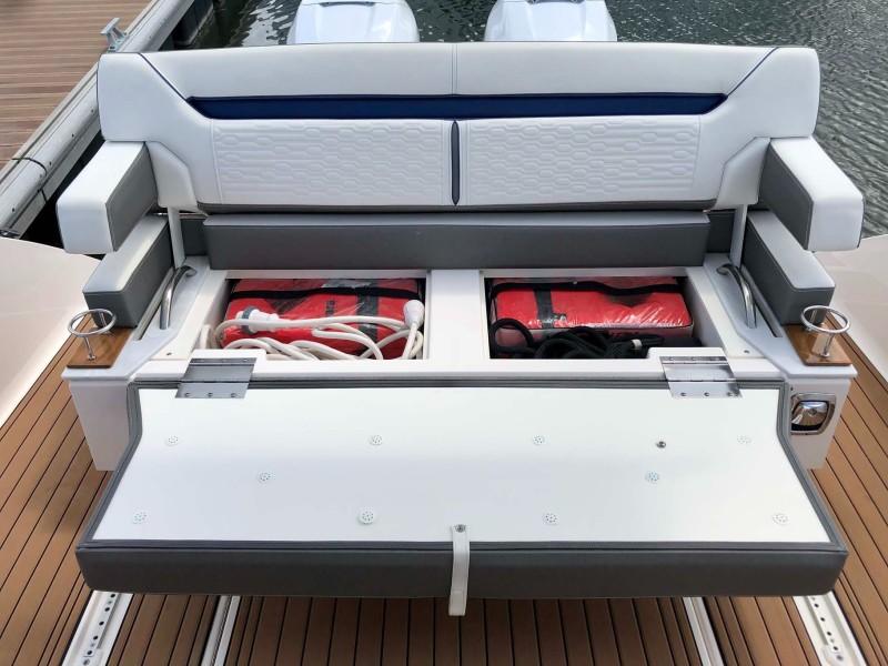 Stern Seat Storage
