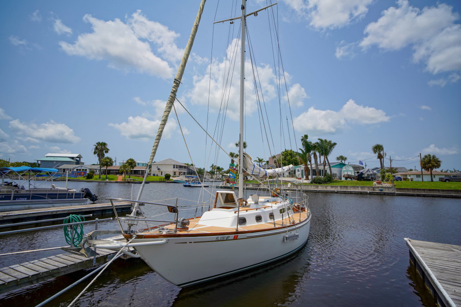 photo of 35' Allied Seabreeze 1965