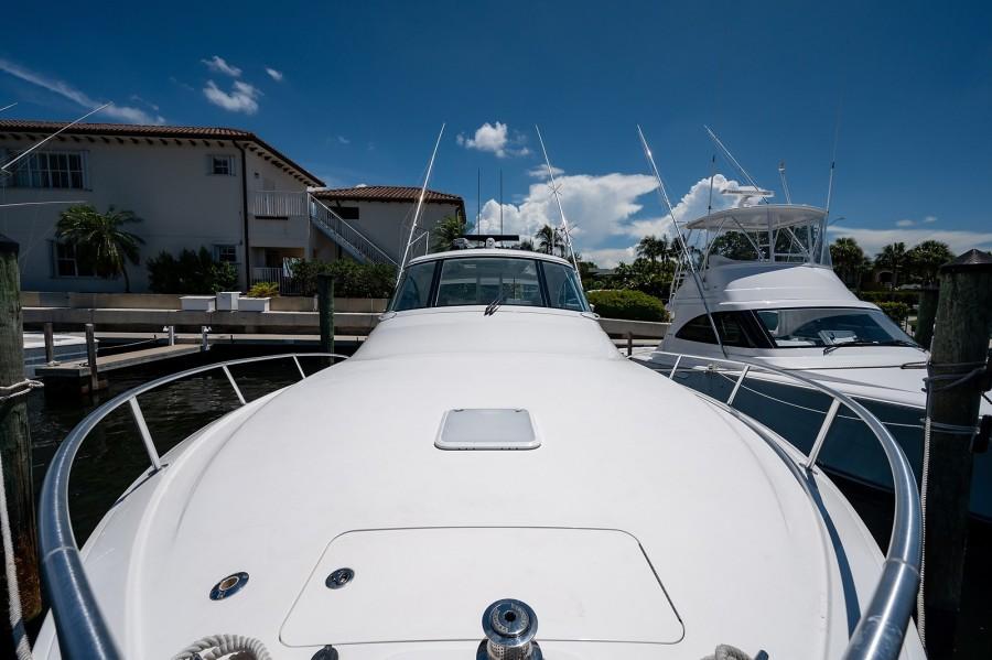 Viking 42 - Kariba - Bow